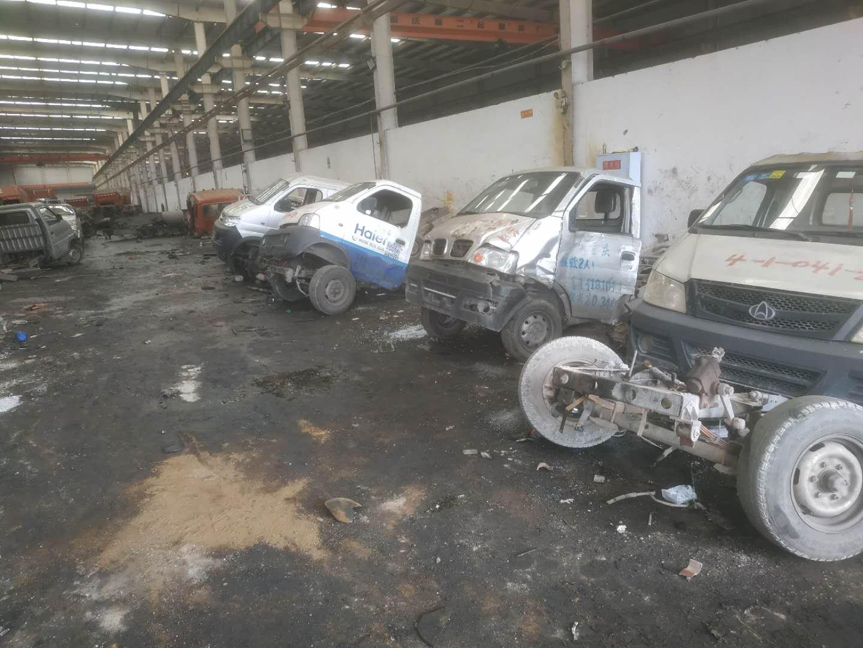 收报废车公司,报废车回收钱,报废车处理厂,覃师傅报废车服务